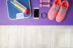 体育运动鞋和设备 图库摄影