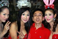 余兴节目ladyboy patong执行者西蒙・泰国 图库摄影