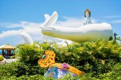 佛教公园、露天场所、许多雕象和美好的地方在三亚海岛上  库存照片