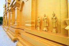佛教圣所, Sangklaburi,泰国 库存照片