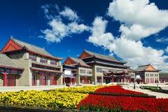 佛教寺庙和cloudscape 库存照片