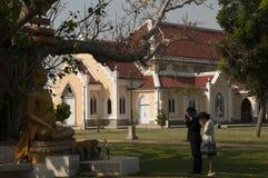 佛教寺庙教会(Wat Niwet Thamma的建筑学 免版税库存图片