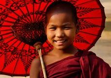 佛教寺庙的一个新手在Bagan,缅甸 库存照片