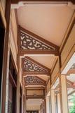 佛教寺庙的被仿造的天花板 图库摄影