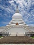 佛教寺庙,日语和平塔, Unawatuna 库存照片