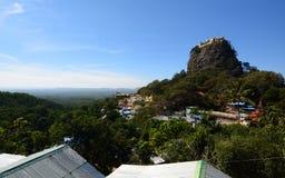 佛教徒修道院 塔翁Kalat 登上Popa 曼德勒地区 缅甸 库存图片