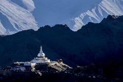 佛教stupa 免版税库存图片