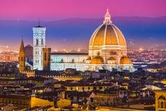 佛罗伦萨、中央寺院和Giotto的钟楼。 免版税图库摄影
