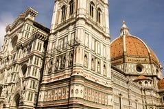 佛罗伦萨中央寺院的华丽门面  免版税库存图片