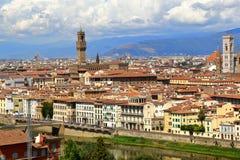 佛罗伦萨市看法在从Piazzale米开朗基罗的意大利 库存照片