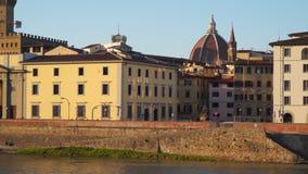 佛罗伦萨意大利 阿尔诺河的堤防 股票视频