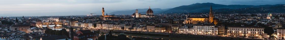 佛罗伦萨美好的全景从Piazzale MichelangeloFlorence的在托斯卡纳,意大利,欧洲 图库摄影