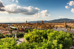 佛罗伦萨都市风景看法从Piazzale米开朗基罗俯视 免版税图库摄影