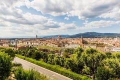 佛罗伦萨都市风景看法从Piazzale米开朗基罗俯视 免版税库存照片