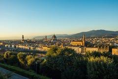 佛罗伦萨,意大利- 2017年10月 佛罗伦萨市看法从米开朗基罗广场的小山的 旅行目的地佛罗伦萨 免版税库存图片