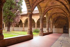 佛罗伦萨,意大利- 2017年9月19日:修道院庭院圣诞老人桃莉 免版税库存图片