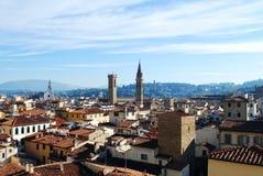 佛罗伦萨,意大利- 2015年11月:与塔的老城市风景 库存照片