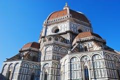 佛罗伦萨,意大利- 2015年11月:圣玛丽亚的后部在菲奥雷大教堂, Brunelleschi圆顶细节 免版税库存图片