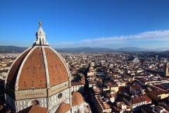 佛罗伦萨,意大利- 2015年11月:Brunelleschi城市的圆顶和风景 库存图片