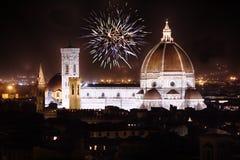 佛罗伦萨,托斯卡纳,意大利大教堂有烟花的 库存照片