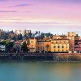 佛罗伦萨,日落的意大利-阿尔诺河 佛罗伦萨是普遍的 库存照片