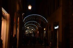 佛罗伦萨, 2017年11月27日:圣诞灯装饰在佛罗伦萨 免版税库存图片