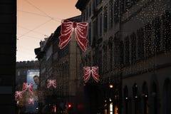 佛罗伦萨2017年12月9日:圣诞灯装饰在佛罗伦萨的中心 库存照片