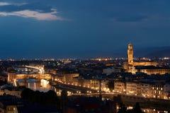 佛罗伦萨- Ponte Vecchio Panorma,老桥梁, Palazzo Vecchio 免版税库存照片