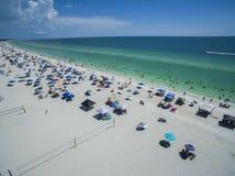 佛罗里达海滩鸟瞰图在夏天 免版税图库摄影