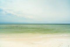 佛罗里达狭长的土地海滩 库存照片