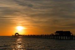 佛罗里达那不勒斯南日落 库存照片