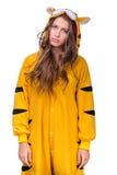 作为与copyspace的一只老虎打扮的女孩 图库摄影