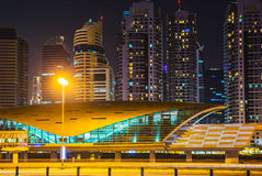 作为世界的最长的充分地自动化的地铁网络(75的迪拜地铁 免版税库存照片