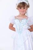 作为公主打扮的女孩 免版税库存照片