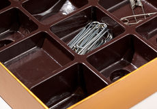 作为在组织者里面的配件箱巧克力 免版税图库摄影