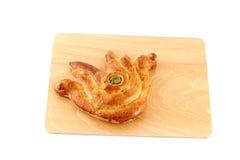 作为好运标志被塑造的鸡蛋面包面包 免版税库存照片