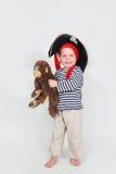 作为子项加工好的猴子海盗 免版税库存照片