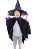 作为巫婆打扮的亚裔中国人Liitle女孩 免版税库存照片