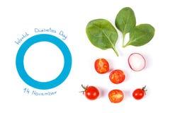 作为战斗的糖尿病和新鲜蔬菜,在疾病概念期间的营养的标志的蓝色圈子 免版税图库摄影