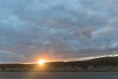 作为日落的加利福尼亚沙漠 免版税库存照片