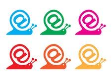 作为电子邮件图标互联网符号蜗牛 免版税库存照片