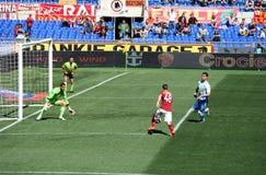 作为罗马对佩斯卡拉(1 :1)橄榄球赛 免版税库存照片