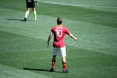 作为罗马对佩斯卡拉(1 :1)橄榄球赛 免版税库存图片