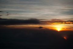 作为背景的明亮的日落照片 免版税图库摄影