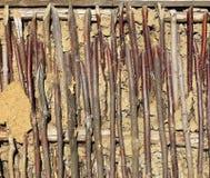 作为背景的老土制墙壁 图库摄影