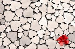 作为背景,情人节概念的许多木心脏 免版税库存照片