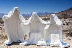 作为被抛弃的矿工的鬼魂的标志的膏药白色雕象 免版税库存图片