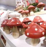作为装饰的伞形毒蕈蘑菇 库存图片