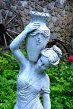 作为装饰的雕象在庭院里 库存图片