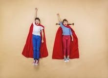 作为超级英雄的孩子 图库摄影